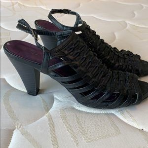 Black straps Madden Girl heeled sandals, size 8